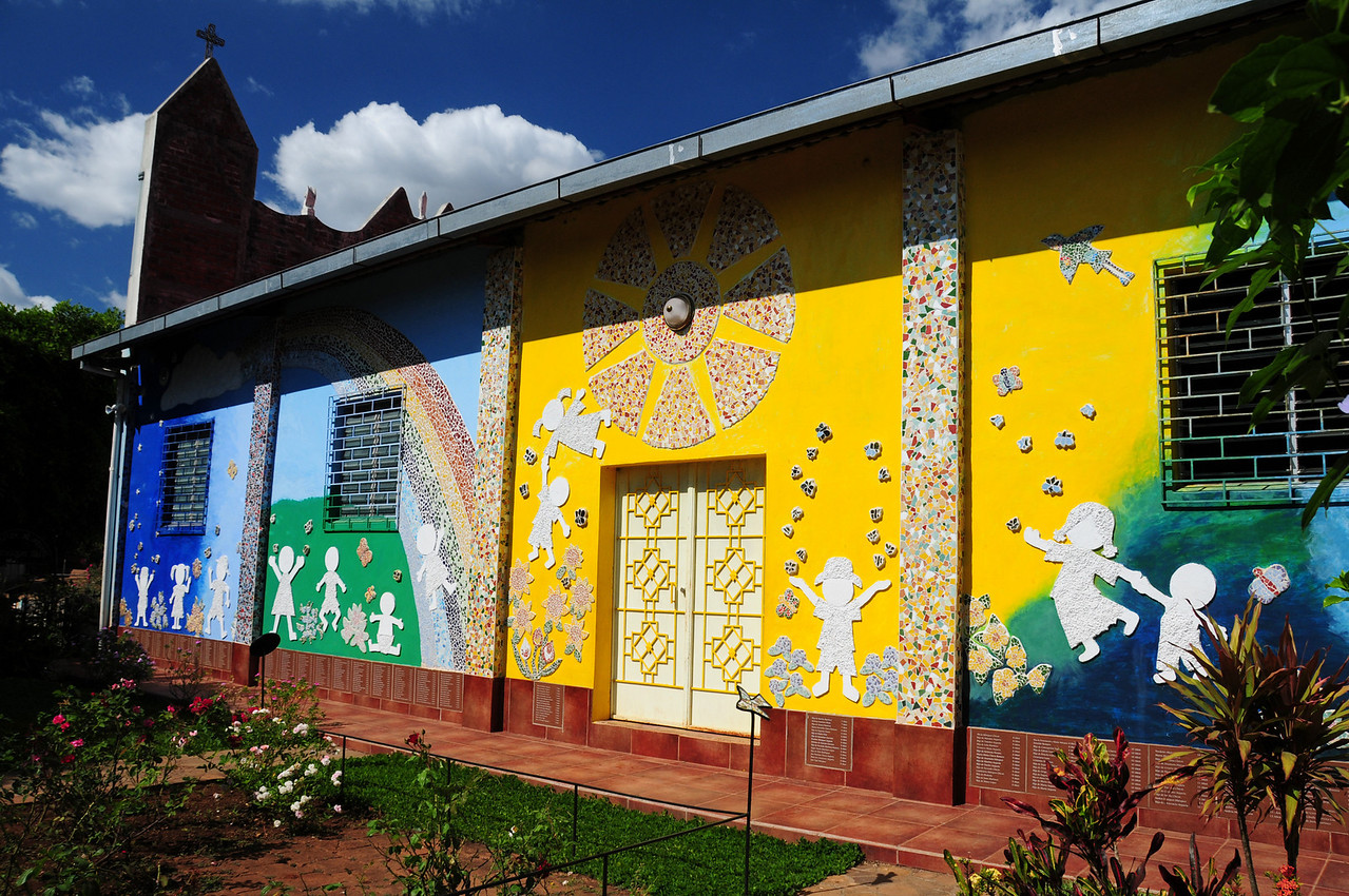 Childrens Memorial Mural,  Motote. El Salvador