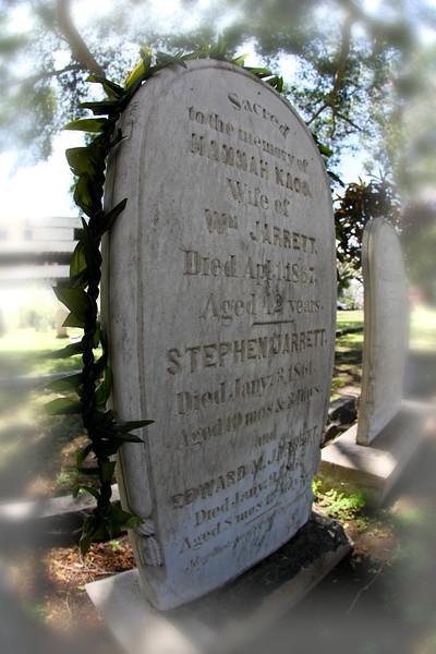 Grave RT.jpg
