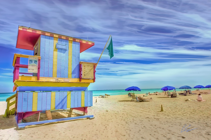 Simple pleasures<br /> sand, sea and sun<br /> 15th Street Lifeguard Station<br /> South Beach, Florida