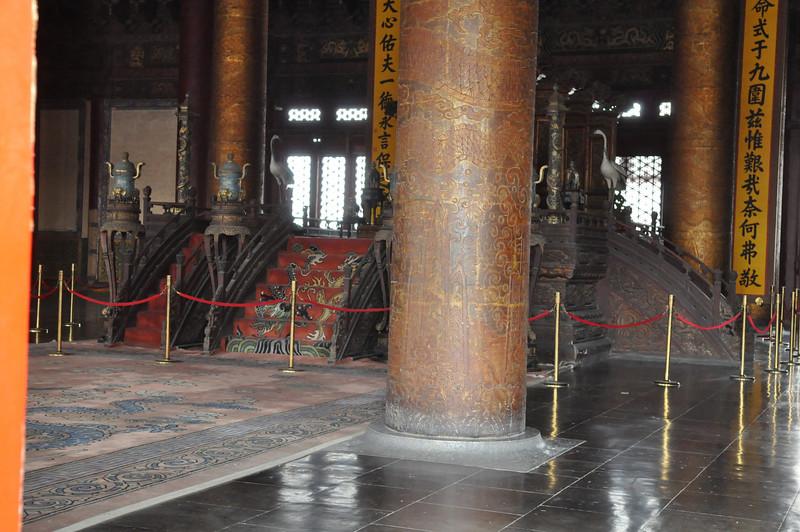 龍椅在柱子後面,故宮,北京