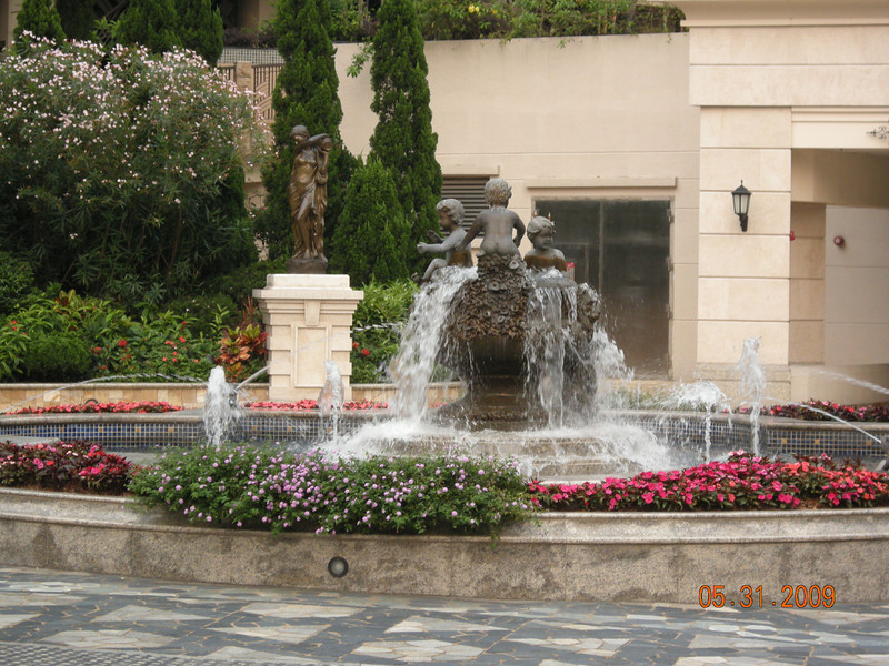 Entrance Fountain, Beverly Hills