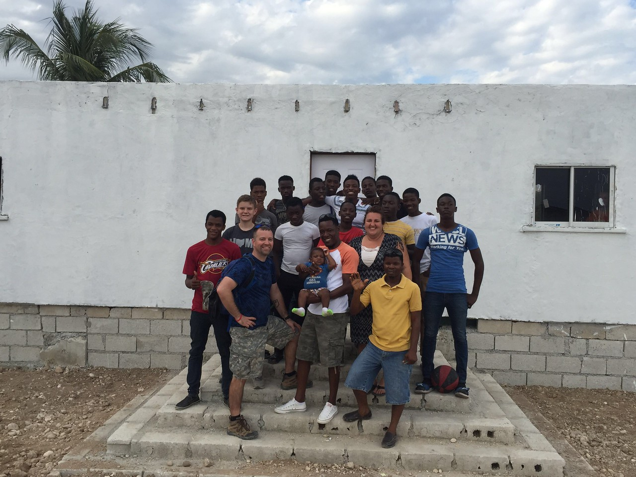 Sunday, Day #7<br /> Group photo after the big reveal of the office.