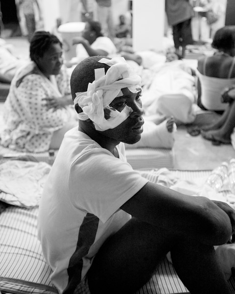 newly arrived injured to a hospital on the Haitian/DR border.  Most just patiently wait for help and treatment.