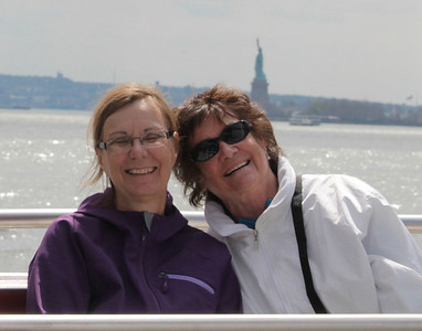 Nancy & Judi Lady Liberty in the background