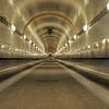 2011-03-09. bakljus i Elbetunneln. Hamburg [DEU]