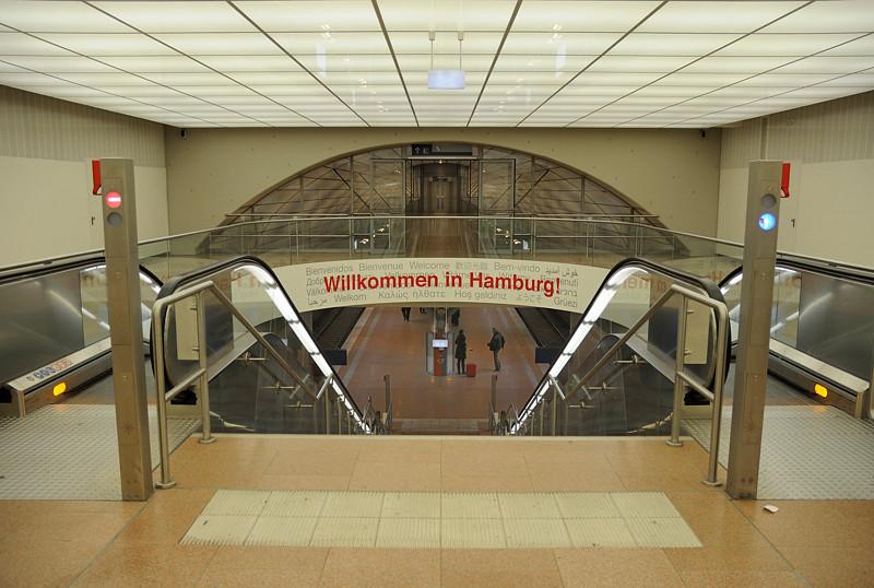 2011-03-07.  Hamburg Flughafen,  Fuhlsbüttel. [DEU]