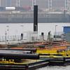 2011-03-09.  pontonbryggebygge. Hamburg [DEU]