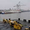 2011-03-09. Hamnaktivitet i gråväder. Hamburg [DEU]
