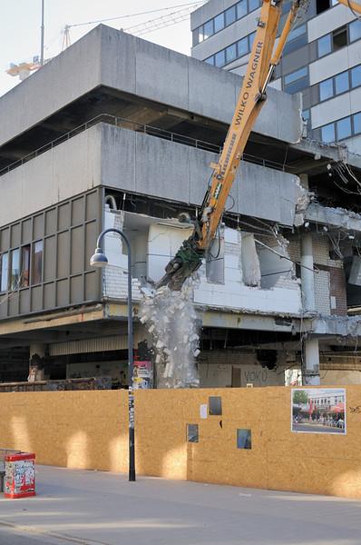 2011-03-08. ... tyst min mun... Hamburg [DEU]