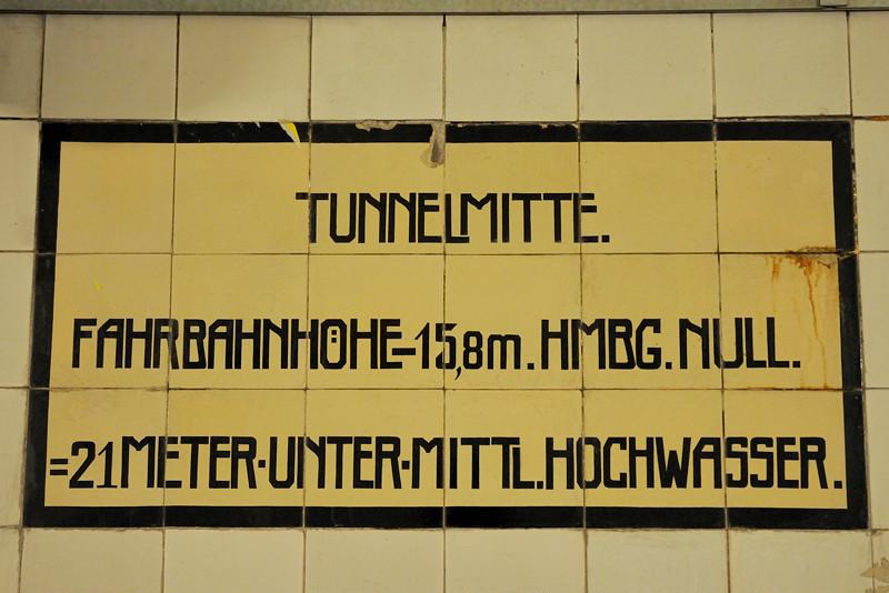 2011-03-09. på djupet. Hamburg [DEU]