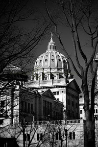 070175BW Capitol Dome