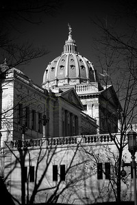 070180BW Capitol Dome