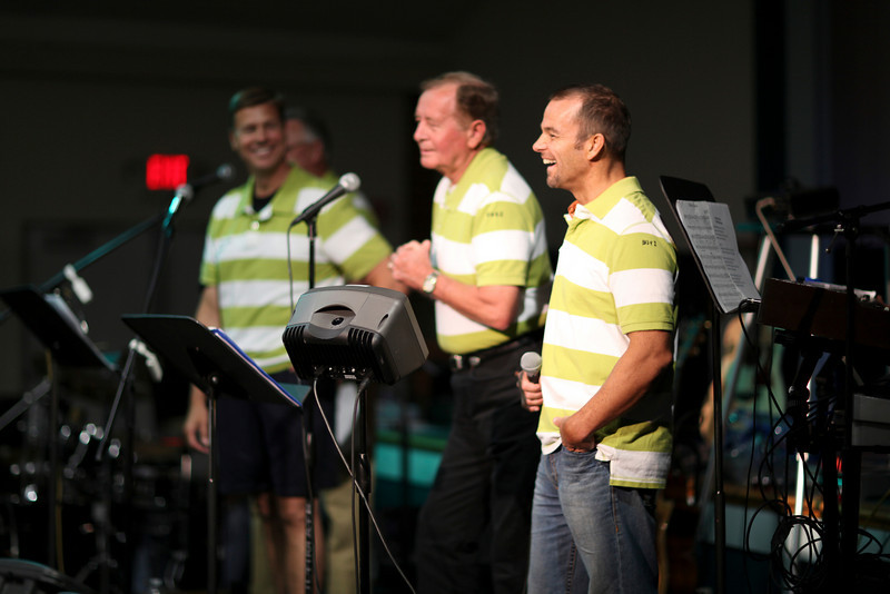 The CHALFONT BOYZ!  <br /> <br /> These guys are a vocal quartet and they rock!  <br /> (picture: RB Pray)