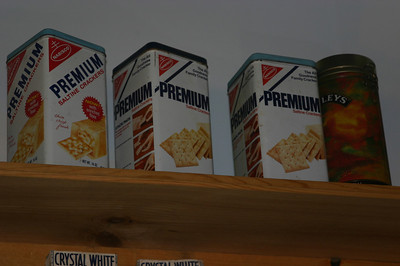 Linda remembered always having a premium saltine tin; I don't remember that we ever had one.