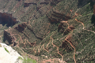 Close-up of real switchbacks on Bright Angel Trail.
