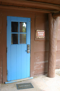 All the doors and windowframes in the Bright Angel Lodge complex are painted bright colors and patterns. I liked the contrast with the dark wood.