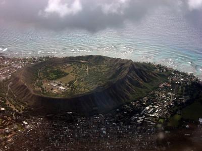 2006-12-06  - Pics from plane & condo