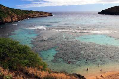Hanauma Bay, a great place to snorkel on Oahu. Early afternoon view.