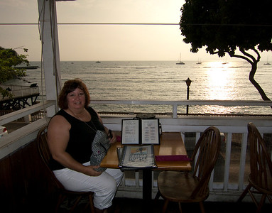 Thanksgiving Dinner & a sunset at Lahaina Pizza Co. Maui, Hawaii