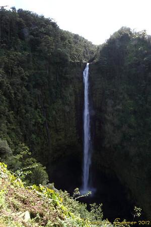 Akaka Fall