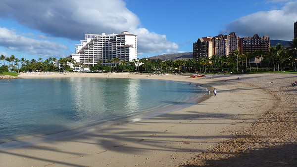 Another lagoon near the resort. (The JW Marriott Resort is on the left -- where we honeymooned 10 years ago). The resort on the right is the new Disney's Aulani Resort.