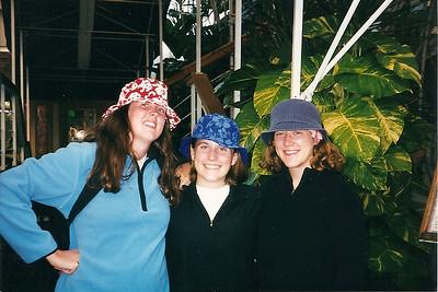 Catherine, Lauren & Anne in their new hats - Hawaii  12/98