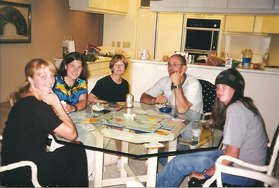 Monopoly in Hawaii 12/2000