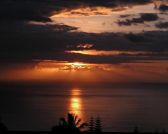 One of our beautiful Kona Sunsets<br /> Kona Coast of Big Island of Hawaii