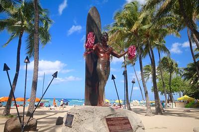 Duke Kahanamoku @ Waikiki Beach. Honolulu, O'ahu,  Hawaii, USA.