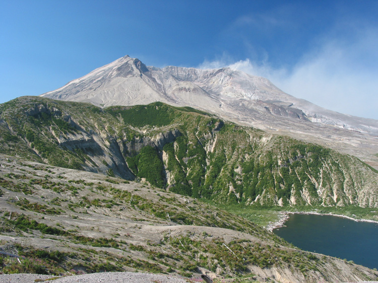 Mount St Helens looking straight into the crater.  The whole side of the mountain was blown away during the eruption (May 18, 1980).