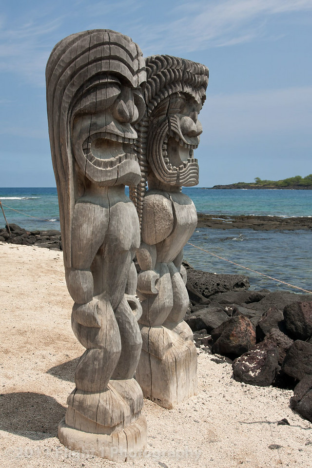 Tiki Gods at The Place of Refuge