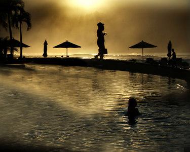 last light pool