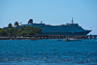 Queen Elisabeth at Lahaina