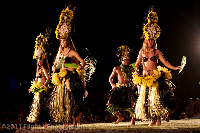 Tahitian dancers at the Old Lahaina Luau