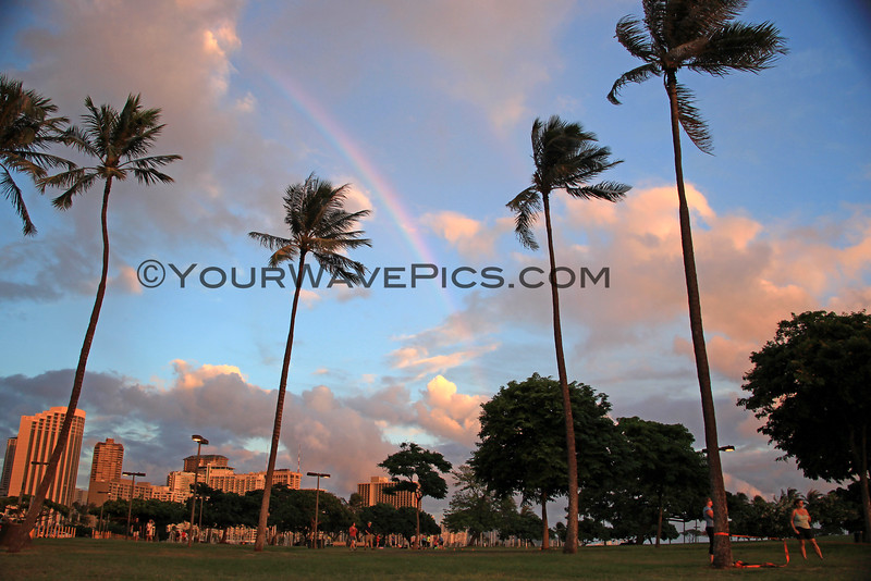 2015-09-29_5212_Magic Island Rainbow.JPG