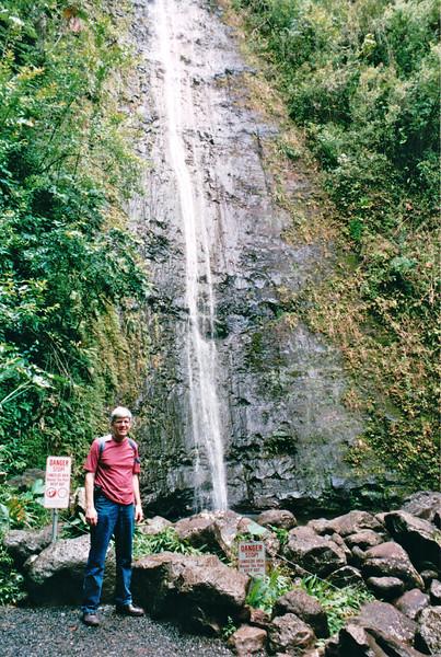 Randal at Manoa Falls - Honolulu, O'ahu, Hawaii - April 23-29, 2003