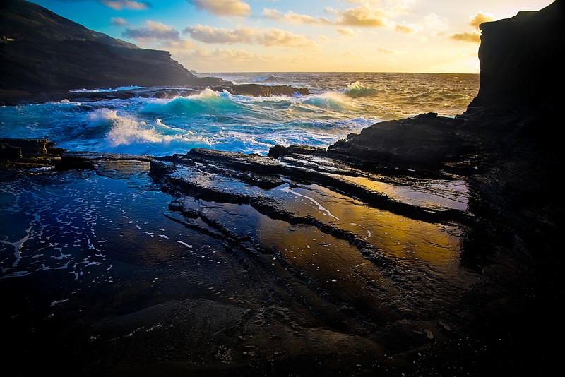 """""""Daybreak Foam"""" Oahu, Hawaii"""