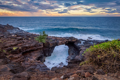 Sea arch - Poipu, Kauai