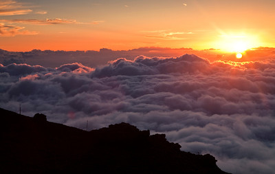 Sunset from the top of the Haleakala Crater.