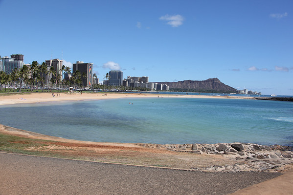 Honolulu with Diamond Head Crater in and Waikiki Beach in the distance