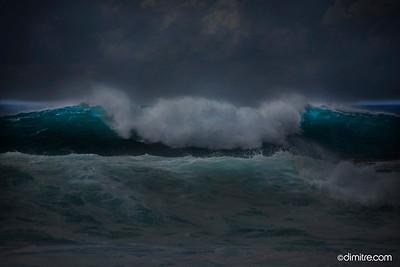 Dark Hawaiian Wave 4338