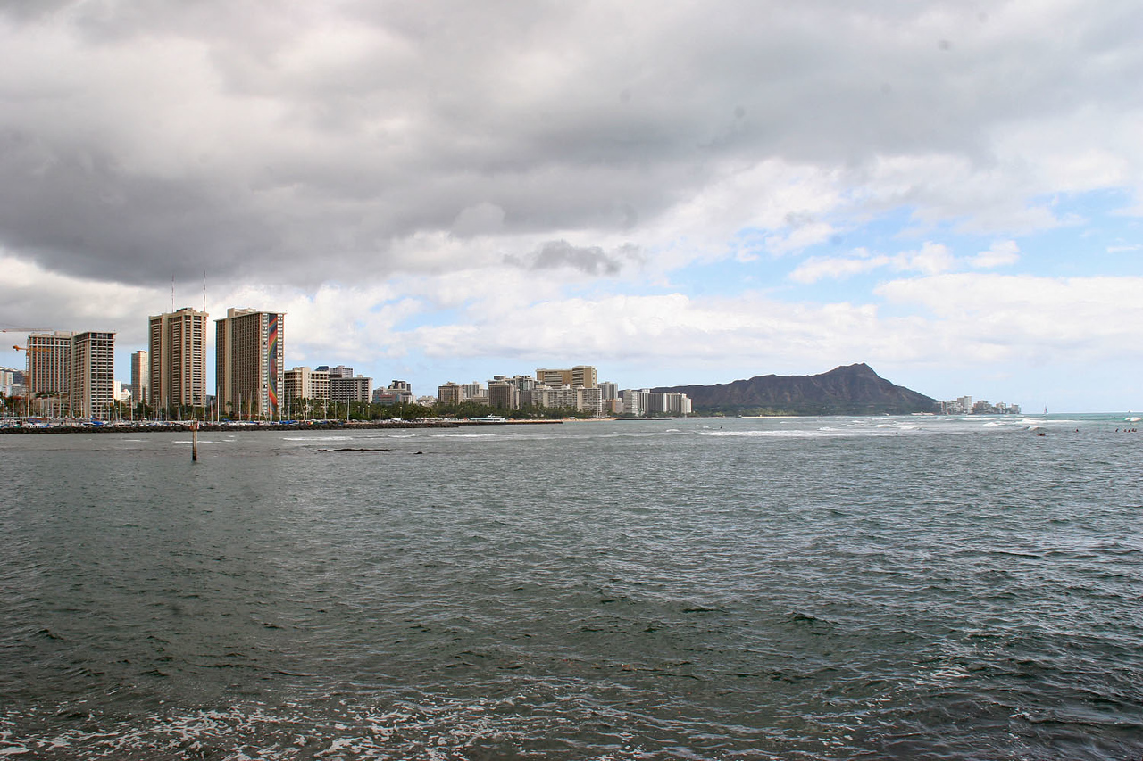 Waikiki Beach from Ala Moana Park