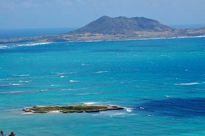 Kailua Bay and Flat Island from near the top of the hill.