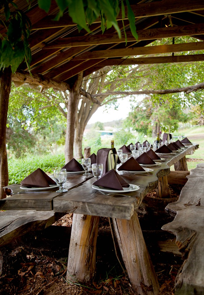 O'o Farm dining area.
