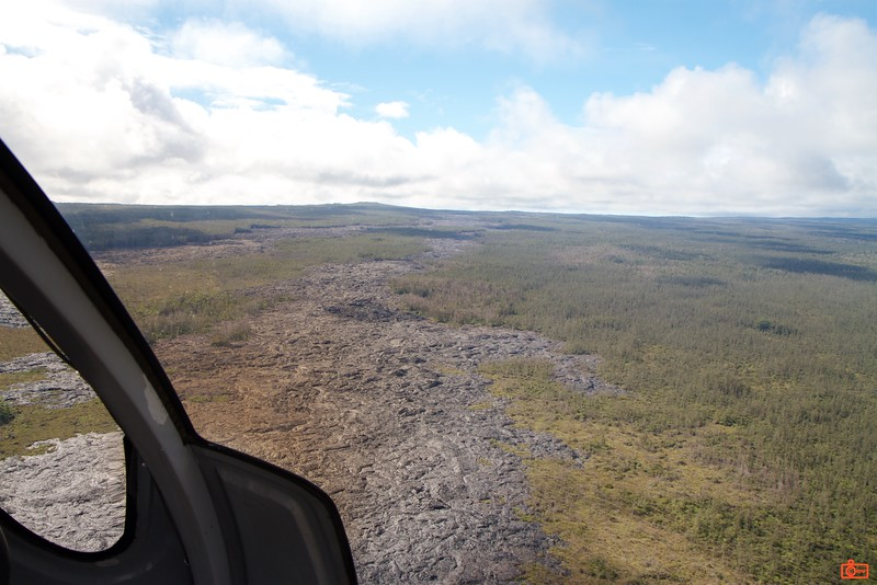 Here are the lava fields of the big island of Hawaii. These lava tracks are a few years old and come from the Kīlauea volcano. This volcano has been erupting since 1983.