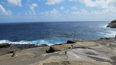 took a drive on Highway 1 towards Hanauma Bay - This is one of the lookouts.  Rough seas, notice the guy fishing