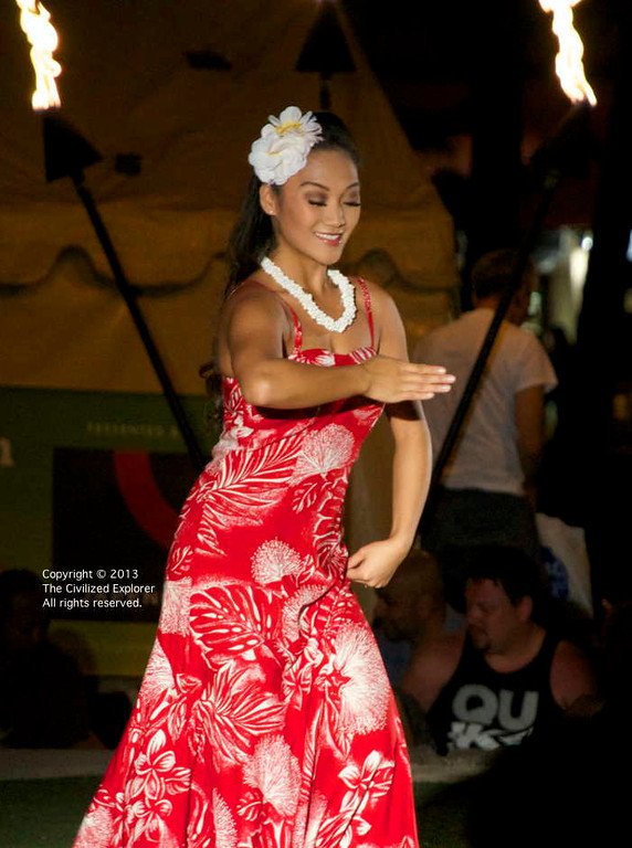 A public performance is performed on the Plaza Stage at the Waikiki Beack Walk every Tuesday afternoon.