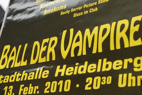 Gotta love me a vampire