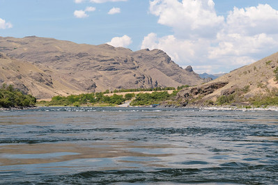In view of Pittsburg Landing,  Hells Canyon