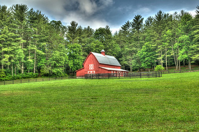 Red Barn - Highlands North Carolina